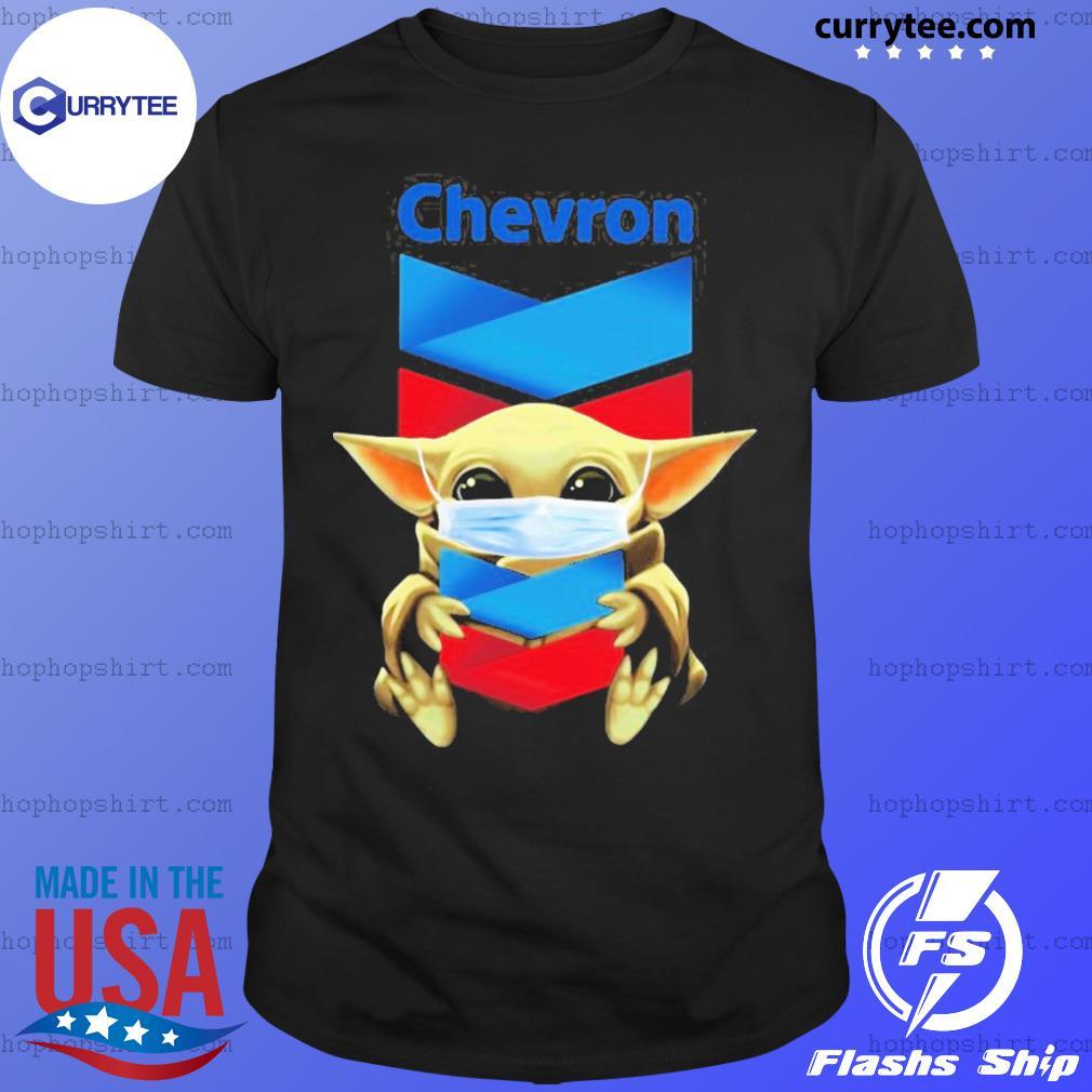 Baby Yoda face mask hug Chevron shirt